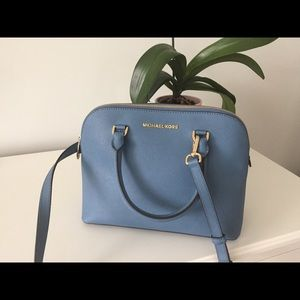 NWT Michael Kors Cindy MD dome Satchel cornflower